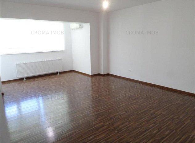 Croma Imob vanzare apartament 3 camere, bloc nou, zona 9 Mai - imaginea 1
