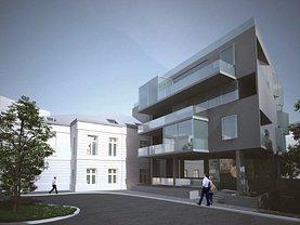 Vânzare teren cu constructie