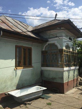 Casa mobilata si utilata, cu o suprafata totala teren de 10000 mp - imaginea 1