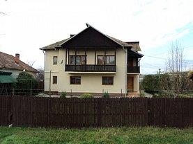 Casa de vânzare 8 camere, în Drăgoeşti