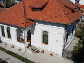 Casa de vânzare 7 camere, în Ramnicu Valcea, zona Central
