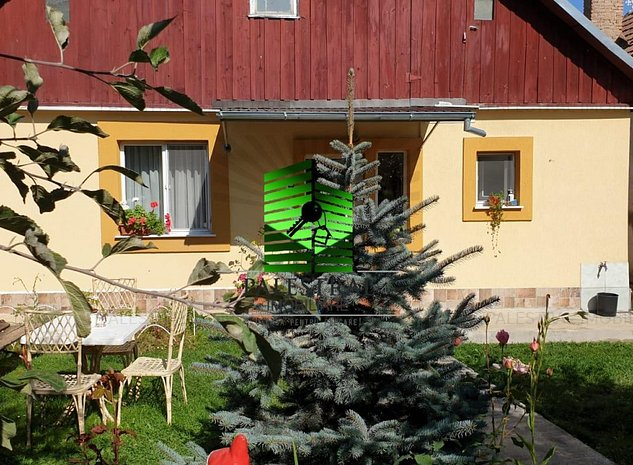 Casa Sacele, singur in curte, renovata, mobilata, 120.000€ negociabil  - imaginea 1