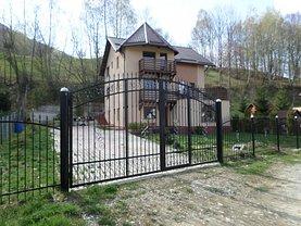 Casa de vânzare 7 camere, în Predeluţ