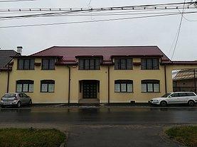 Casa de închiriat 14 camere, în Sânpetru