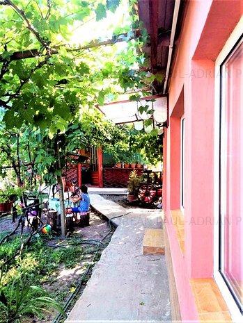 Casa in comuna Topraisar, zona Liceul Tehnologic - imaginea 1