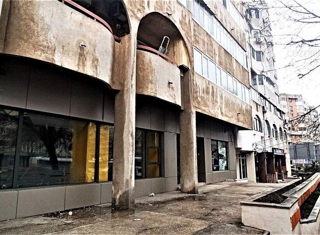 Spatiu comercial de inchiriat in zona Trocadero - imaginea 1