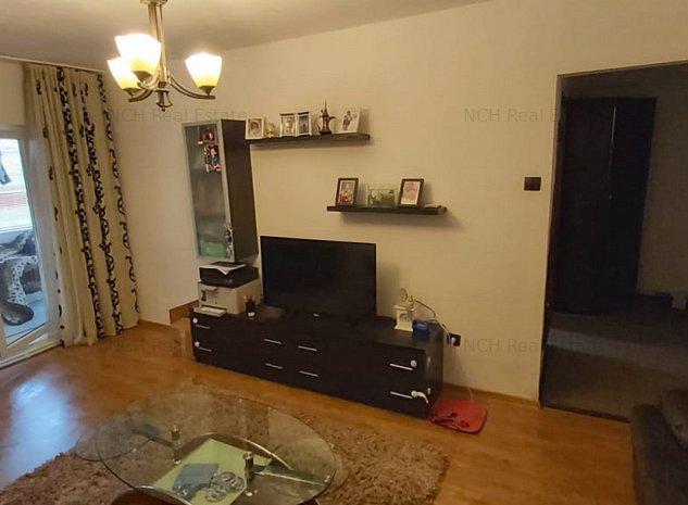 Apartament 3 camere - Strada Babadag - zona PECO - imaginea 1