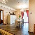 Apartament de vânzare sau de închiriat 3 camere, în Mamaia, zona Central