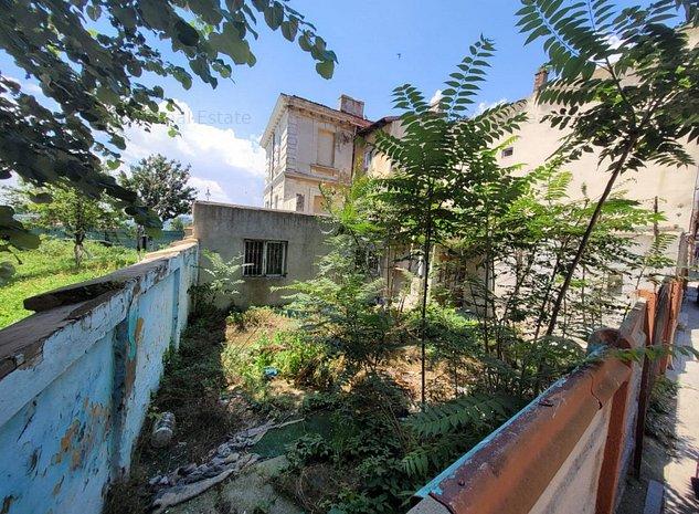 Casa cu teren in centrul Constantei, aproape de mare - imaginea 1