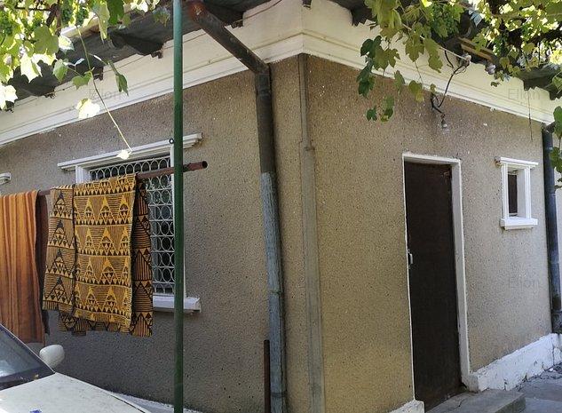 vand casa, jumatate nou construita,  gaz la poarta - imaginea 1
