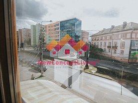 Apartament de vânzare 4 camere, în Sibiu, zona Calea Dumbravii