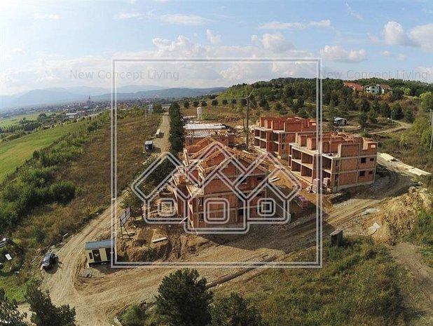 Apartament 3 camere, 2 bai si logie 13 mp - vila cu doar 2 etaje - imaginea 1