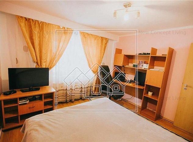 Apartament de inchiriat in Sibiu Turnisor -3 camere-bucatarie separata - imaginea 1