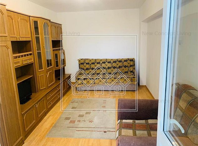 Apartament de vanzare cu 2 camere - Zona Rahovei- - imaginea 1