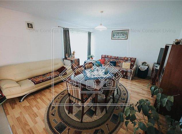 Apartament de vanzare in Sibiu - Cisnadie - 3 camere - etaj 2 - imaginea 1