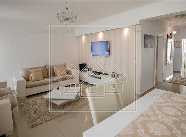 Apartament de vanzare in Sibiu - mobilat si utilat- curte libera 103mp - imaginea 1