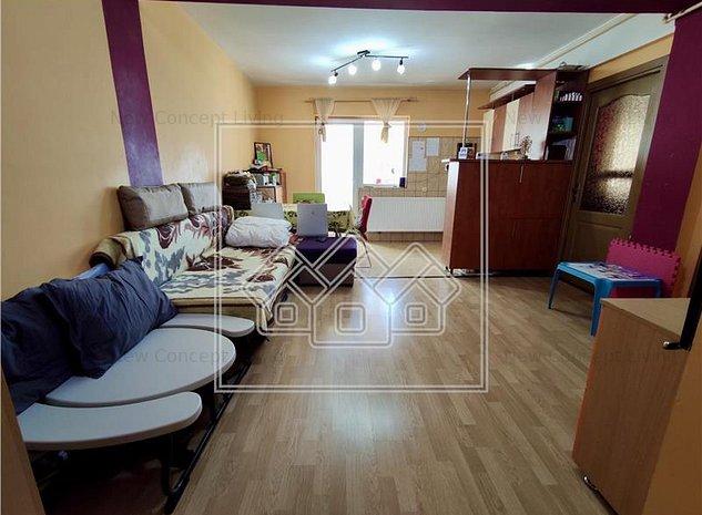 Apartament 3 camere de vanzare in Sibiu - Tilisca - etaj 1 - imaginea 1