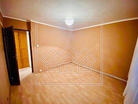 Apartament de vânzare 3 camere, în Alba Iulia, zona Tolstoi