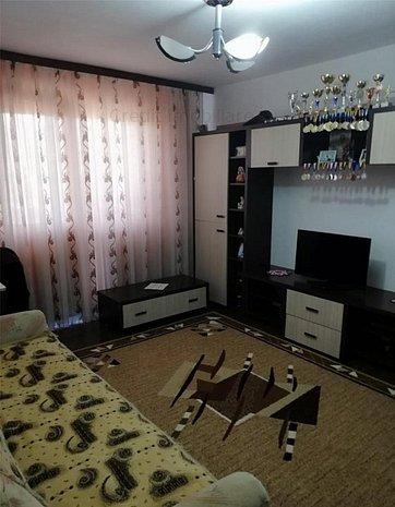 Apartament 2 camere de vanzare - imaginea 1