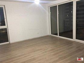 Apartament de vânzare 3 camere, în Brasov, zona 13 Decembrie
