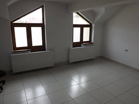 Apartament de închiriat 2 camere, în Brasov, zona Blumana