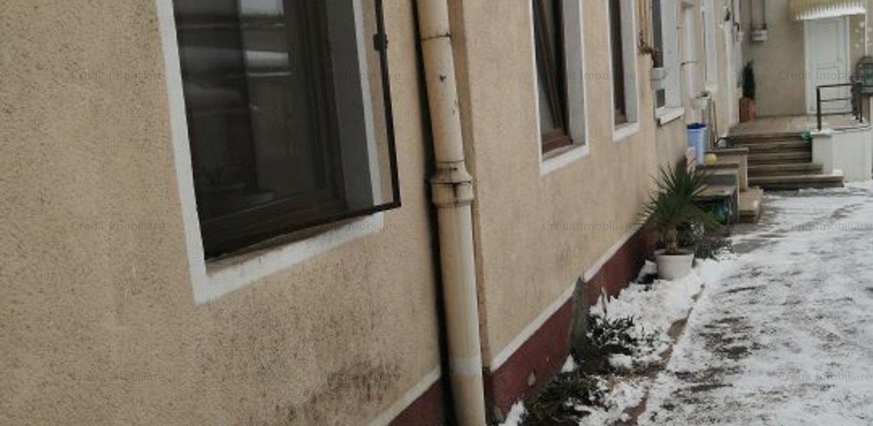 Apartament de inchiriat central la casa - imaginea 6