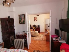 Casa de vânzare 3 camere, în Braşov, zona Griviţei