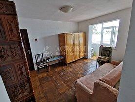 Apartament de vânzare 3 camere, în Chirnogeni