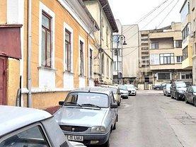 Casa de vânzare 4 camere, în Constanţa, zona P-ţa Ovidiu