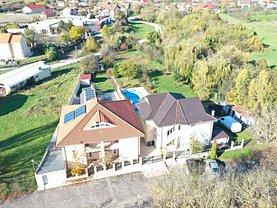 Casa de vânzare 7 camere, în Băile 1 Mai