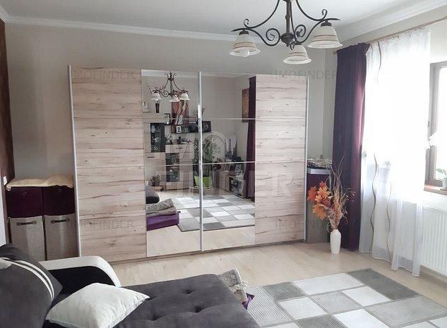Ocazie ! 3 camere in Vila cu Gradina si Parcare zona Europa - imaginea 1