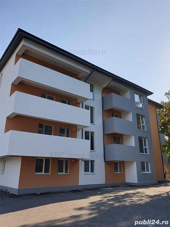 Vanzare apartament 3 camere Piata Resita - imaginea 1