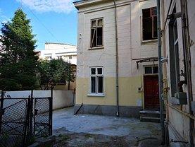 Casa de vânzare 17 camere, în Bucuresti, zona Ultracentral
