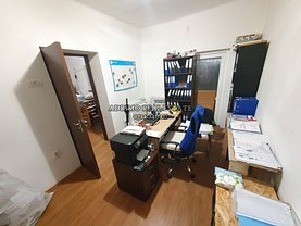 Casa de închiriat 5 camere, în Constanţa, zona Faleza Nord