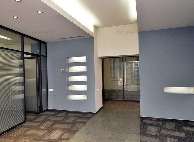 Spatiu comercial si de birouri, Unirii, Hotel Union Plaza - imaginea 1