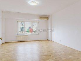Apartament de vânzare 4 camere, în Bucureşti, zona Decebal