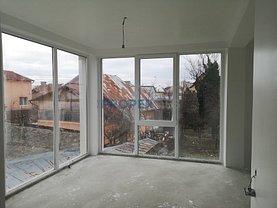 Casa de închiriat 8 camere, în Târgovişte, zona Central