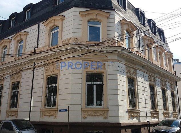 Imobil interbelic renovat si consolidat - pentru birouri / clinica 1050 mp - imaginea 1
