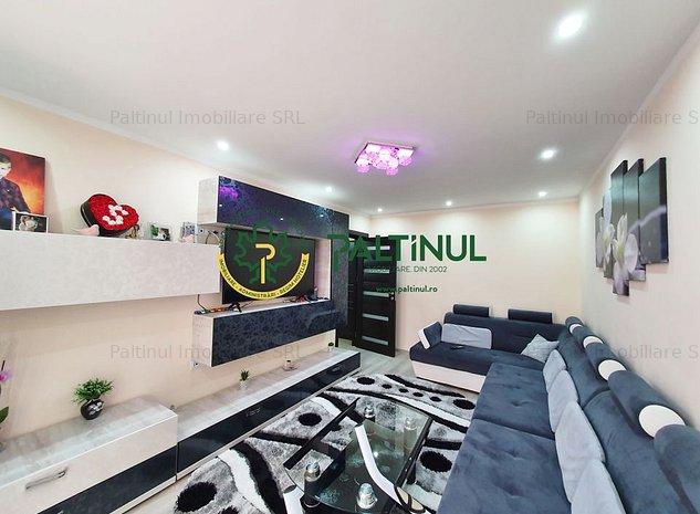 Apartament 3 camere, zona Vasile Aaron - piata - imaginea 1