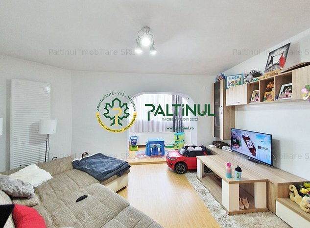 Apartament 3 camere, zona Vasile Aaron - imaginea 1