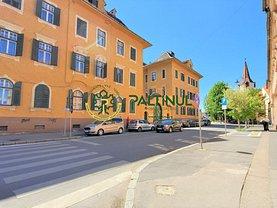 Apartament de închiriat 4 camere, în Sibiu, zona Ultracentral