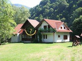 Casa de vânzare 6 camere, în Lotrioara