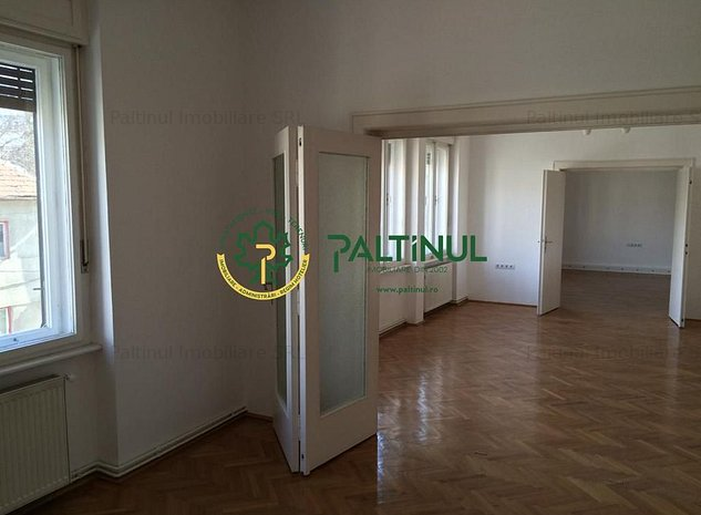 Spatii birouri zona centrala Sibiu - imaginea 1