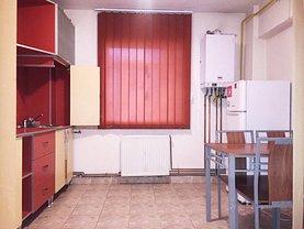Apartament de vânzare sau de închiriat 3 camere, în Iasi, zona Targu Cucu