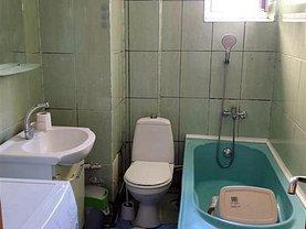 Apartament de închiriat 7 camere, în Iaşi, zona Central