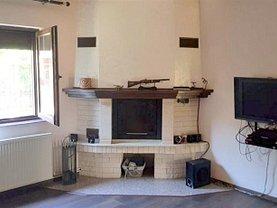 Casa de închiriat 4 camere, în Barnova, zona Central