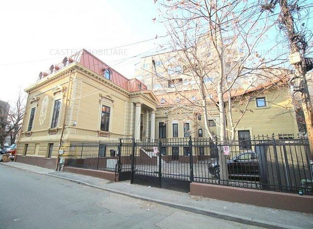Imobil monument istoric consolidata zona Unirii ,20 camere - imaginea 1