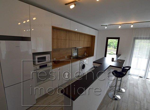 Garaj! Apartament modern 3 camere, Semicentral, zona Parcul Central - imaginea 1