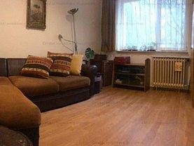 Apartament de vânzare 4 camere, în Bucureşti, zona Titan