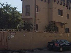 Casa de închiriat 12 camere, în Bucuresti, zona P-ta Alba Iulia